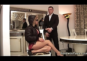 busty stepmom acquires impenetrable depths fistet