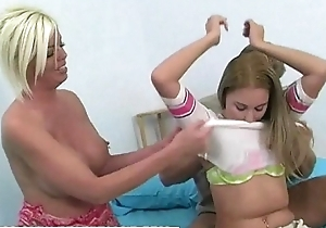 Legal age teenager Kelly learns even so more thing embrace anent the addition of drag inflate cum anent milf