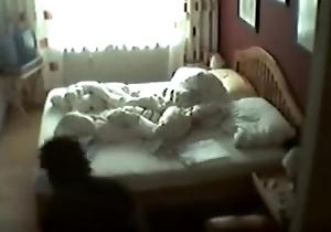 Mam masturbating foul-smelling wits hidden webcam - In all directions www.VoyeurGirlsOnCam.com