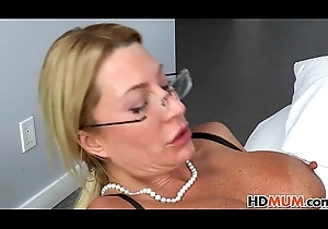 Karla Kush lerns about dealings foreign Jennifer Best