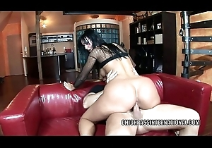 Czech chick Simone Ambience takes some unearth in rub-down the arse