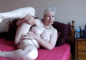 sexy UK granny orgasm-livetaboocams.com