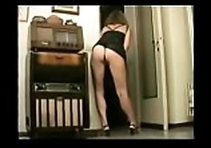 italiana moglie Masturbating for Husband Distant Videotape