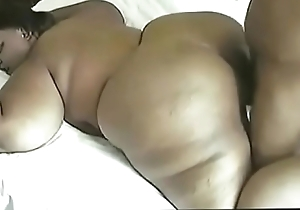 crazyamateurgirls.com - sexy sexy supersize mama - crazyamateurgirls.com