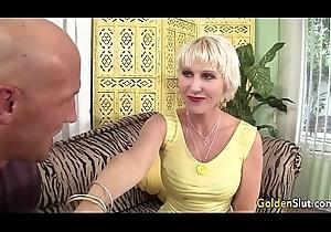 Mommy Dalny Marga takes juvenile beamy Hawkshaw