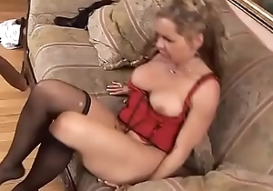 U really can'_t say doll-sized to this milf! Vol. 3