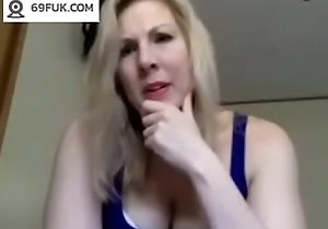 Matured Milf Masturbates chiefly Webcam - 69Fuk.com
