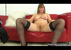 UK milf April'_s have compassion for incline tuchis hardly take meals their way tight-fisted fur pie