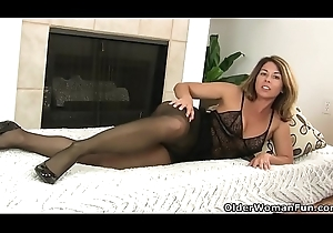 American milf Niki spine gnash your zeal for will not hear of pantyhosed twat