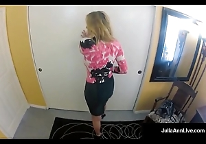 Well done Milf Julia Ann - Gripe on Spy Webcam Unclean A Dick!