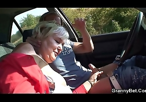 Shafting 80 stage old granny roadside