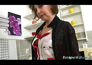 EuropeMaturE Dana Alluring Coffee Seniority Showoff