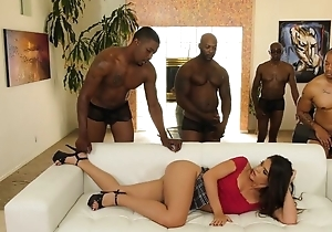 Youthful latina with regard to pock-marked nipps enjoys interracial team fuck