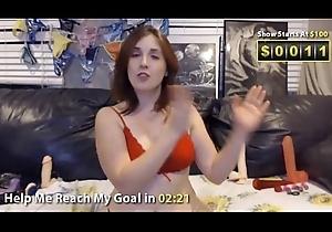 Courtnie webcam advance showing 2